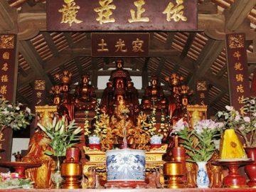Tam Bảo chùa Bổ Đà